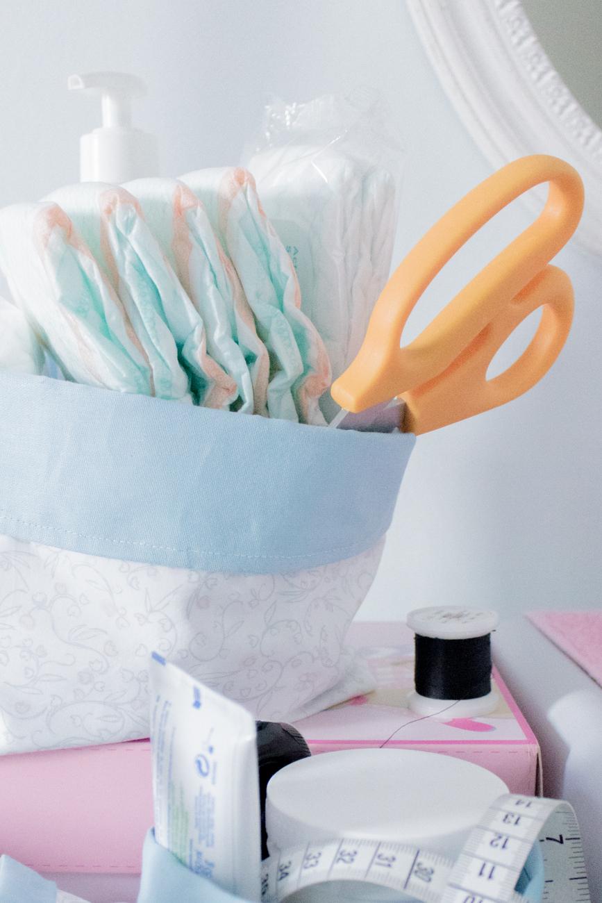 Apprendre à coudre pour bébé #2 : Réaliser un panier en tissu réversible