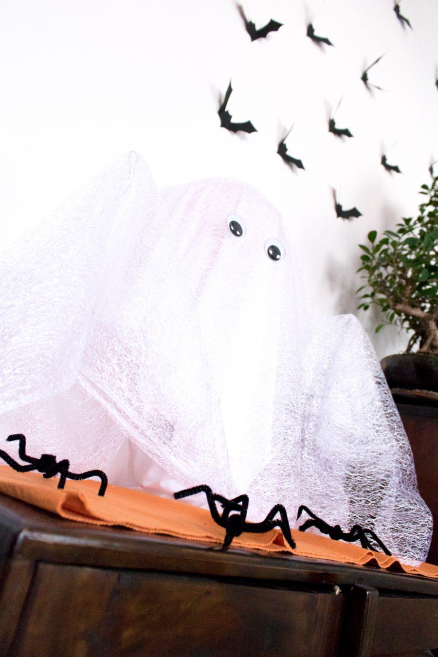 Décorations fantome araignée et chauve souris pour halloween en diy